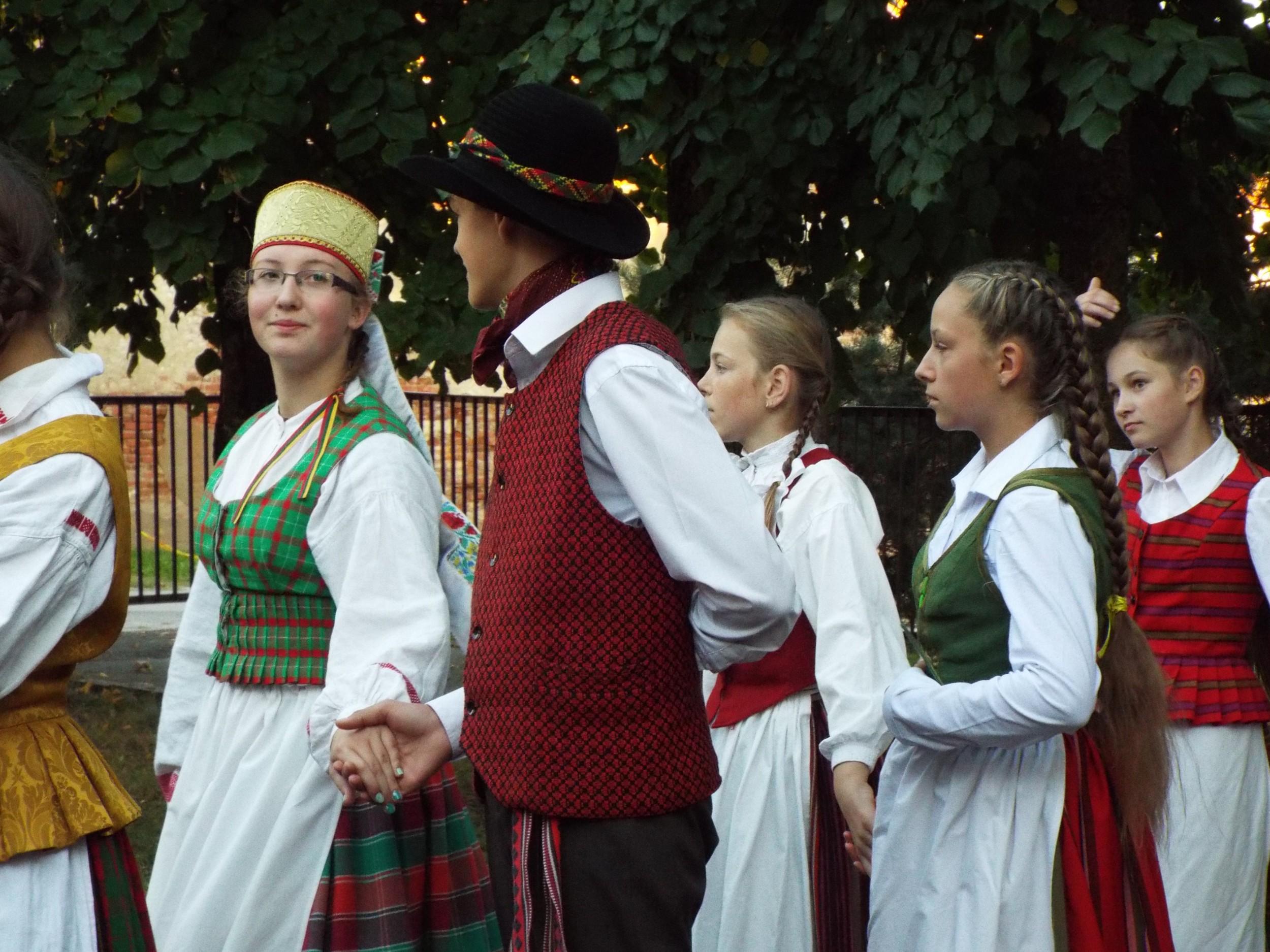 Linkuviai šoko kartu su visa Lietuva